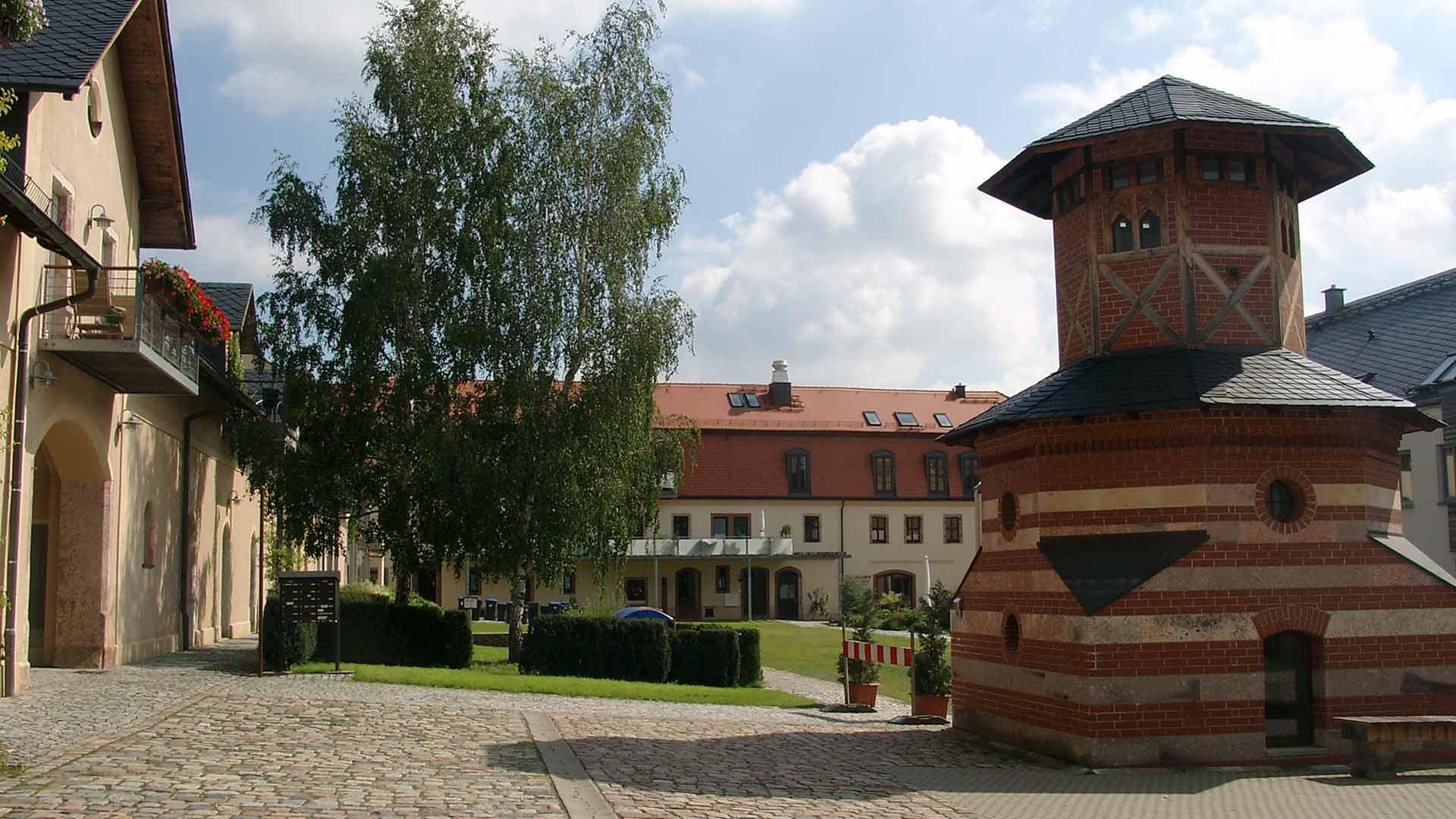 RG Lichtenwalde Taubenhaus - nach Revitalisierung