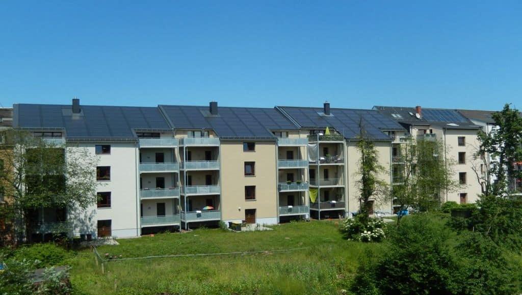 solar sanierte MFH in Chemnitz III - Rückansicht